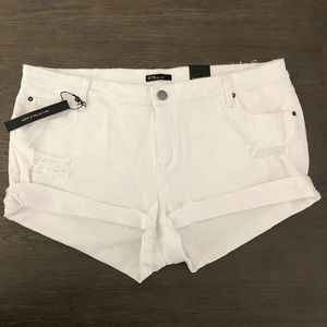 🦄STS White Distressed Jean Shorts